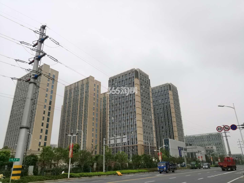 龙湖春江悦茗周边商办配套—星悦城(8.28)
