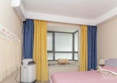 仙林东 彩虹城 三房两卫 婚房装修 拎包入住 看房方便