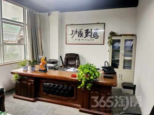 仟居阁公寓6室1厅1卫300平米合租精装