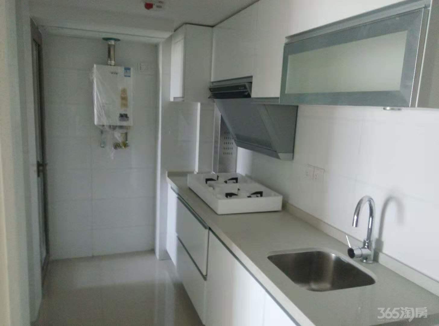 紫荆国际公寓2室1厅2卫155万元50.31平方