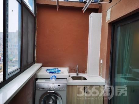 蓝天星港花园3室2厅1卫85.00平米整租精装