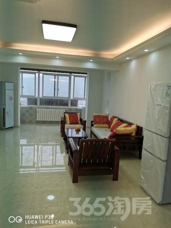 万悦城3室2厅1卫114平米整租中装