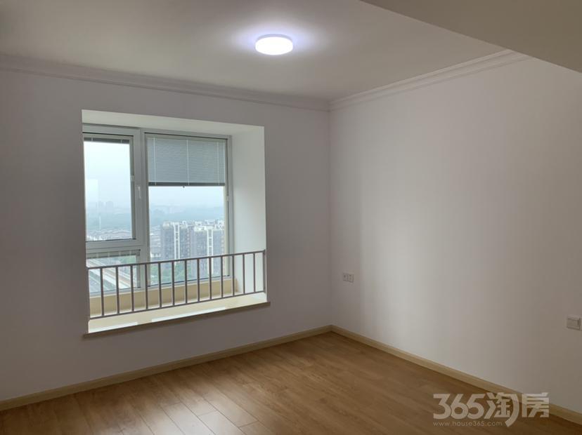亚东同城逸境3室1厅2卫113.15平米整租精装