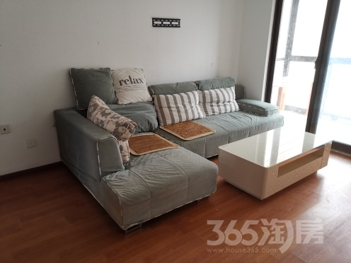 华菁水苑2室2厅1卫82.00平米整租简装