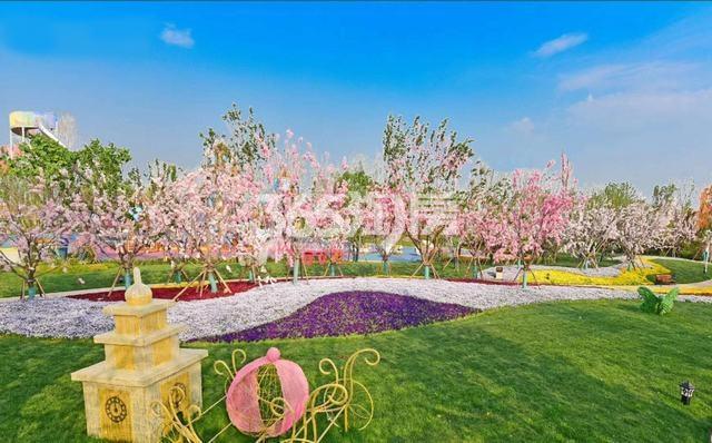西安恒大文化旅游城实景图