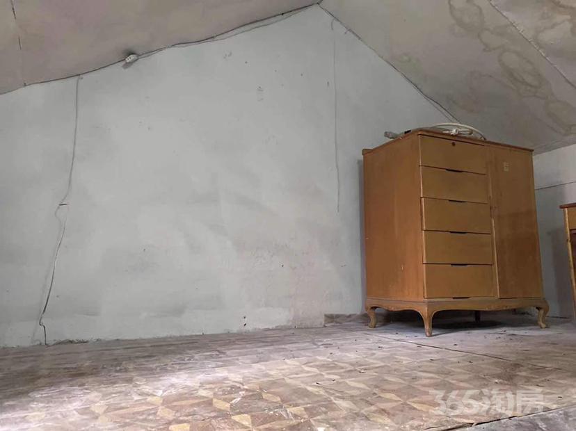 水斋庵1室1厅1卫24平米整租简装