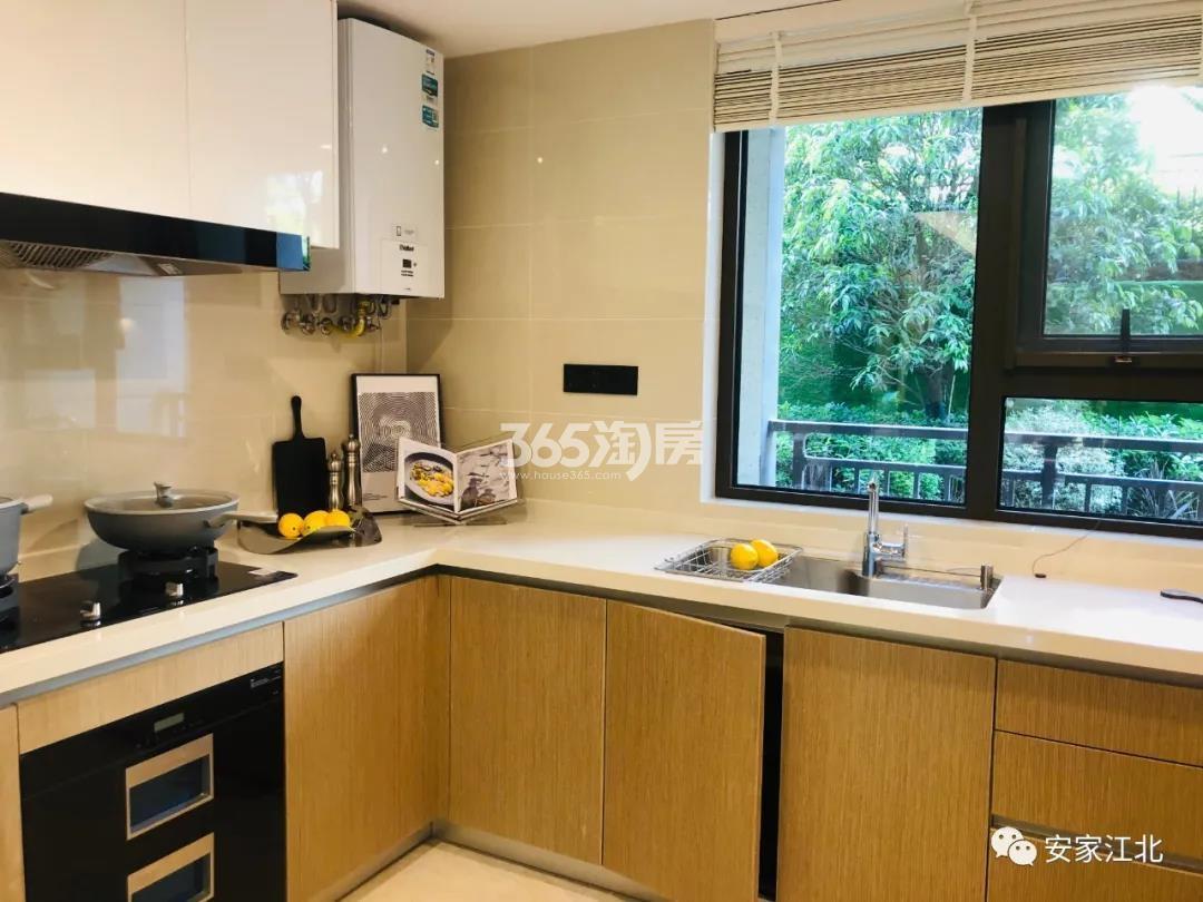 金隅紫京叠院213㎡跃墅样板间-一层厨房