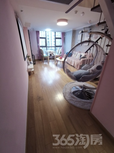 紫荆国际公寓2室1厅2卫47平方米165万元