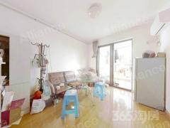 三潭精装小两房,紧凑户型,家的感觉。