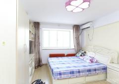 急售 托乐嘉单身公寓 精装修 带燃气 一室一厅 满五年惟一