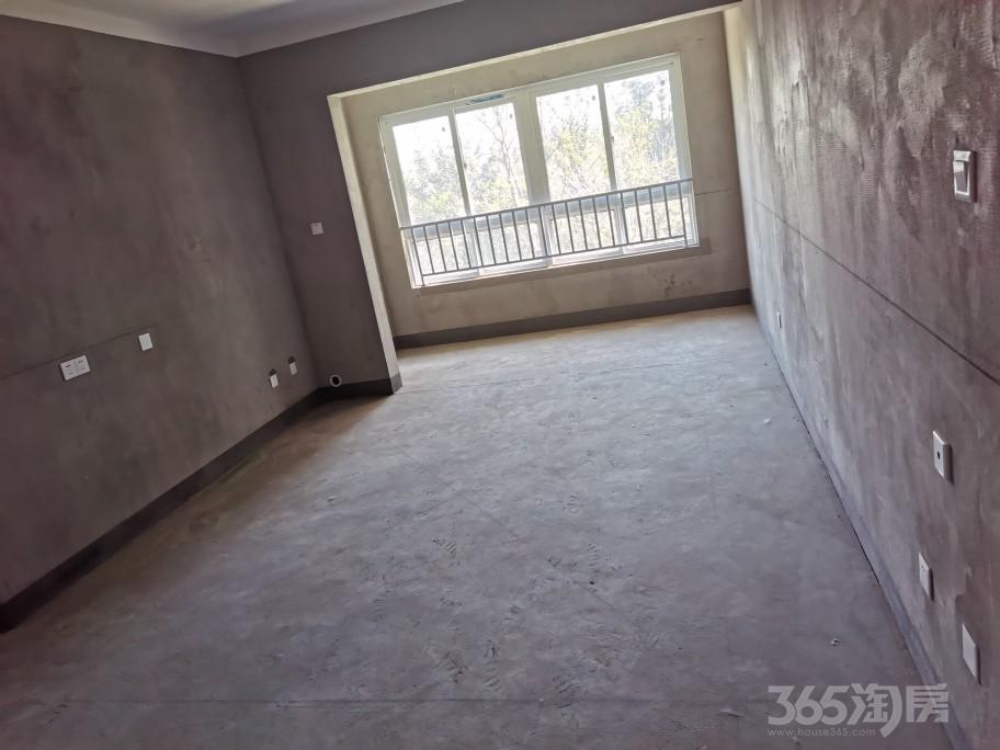 荣盛首府3室2厅1卫109.13平方米215万元