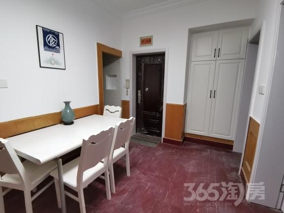 曹张新村2室1厅1卫66平米整租精装
