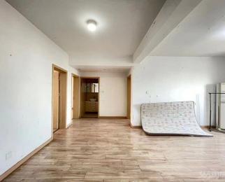 东海星城 东海花园五期 213万 3室2厅1卫 精装修超好的地段 住家舒